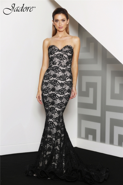J8078 Sweetheart strapless formal dress black