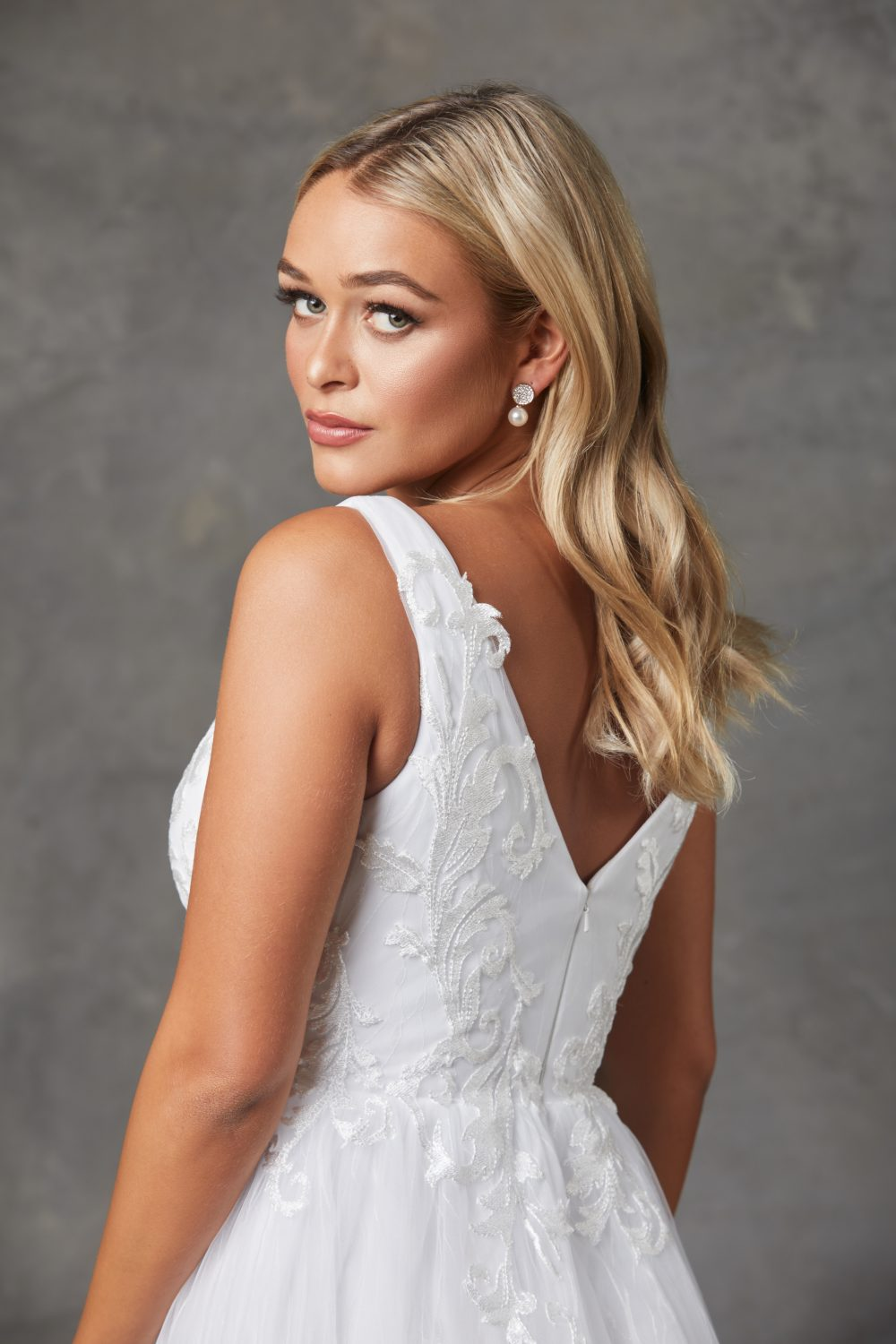 Liv Wedding Dress-Purewhite-backcloseup