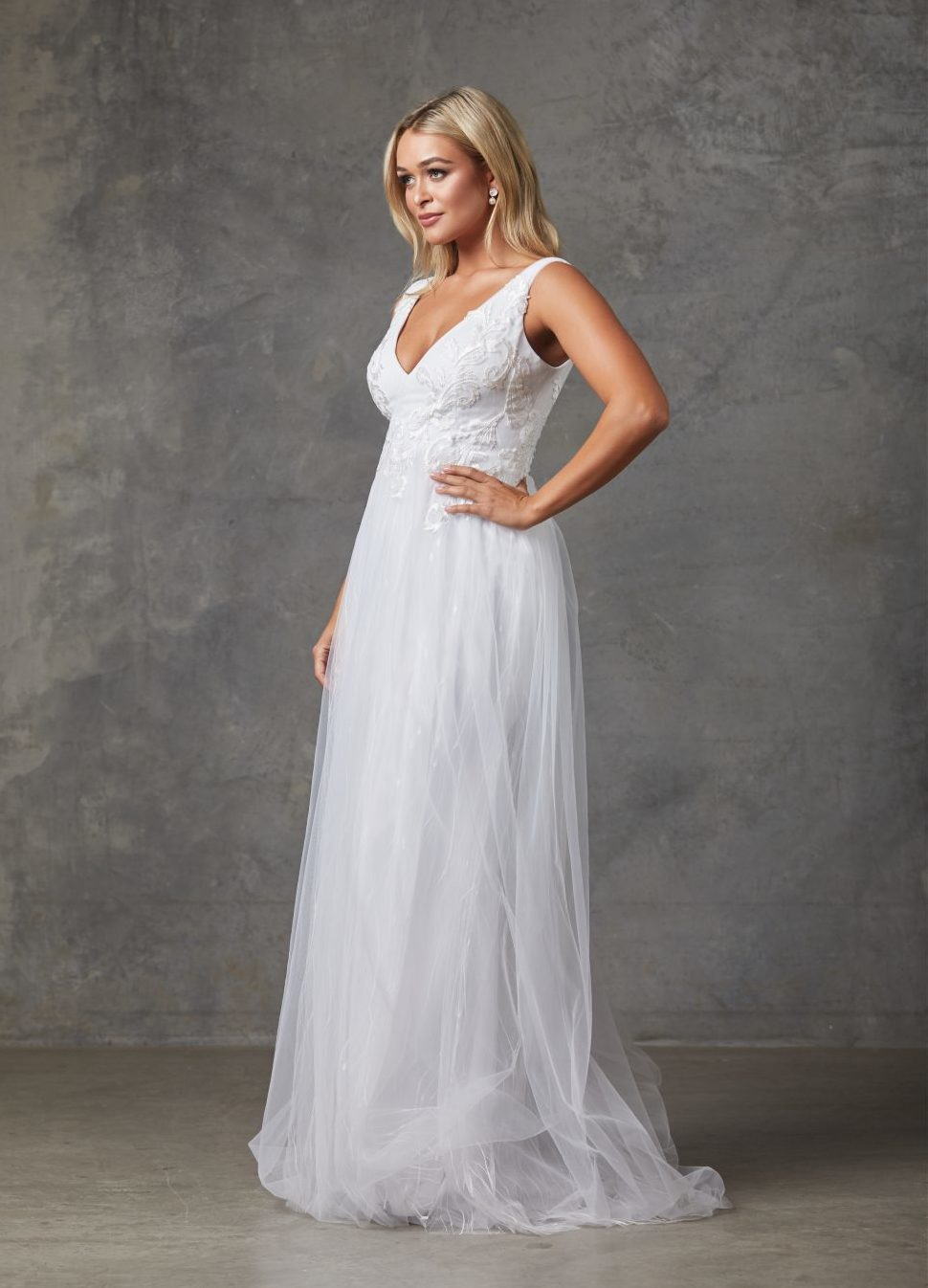 Liv Wedding Dress-Purewhite-side