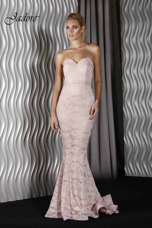 j8087-sweetheart-strapless-dusty-pink