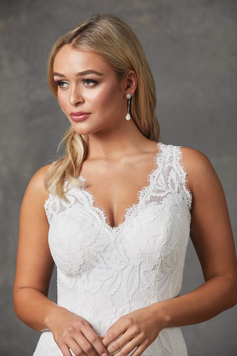 Myah Wedding Dress-Vintagewhite-closeup