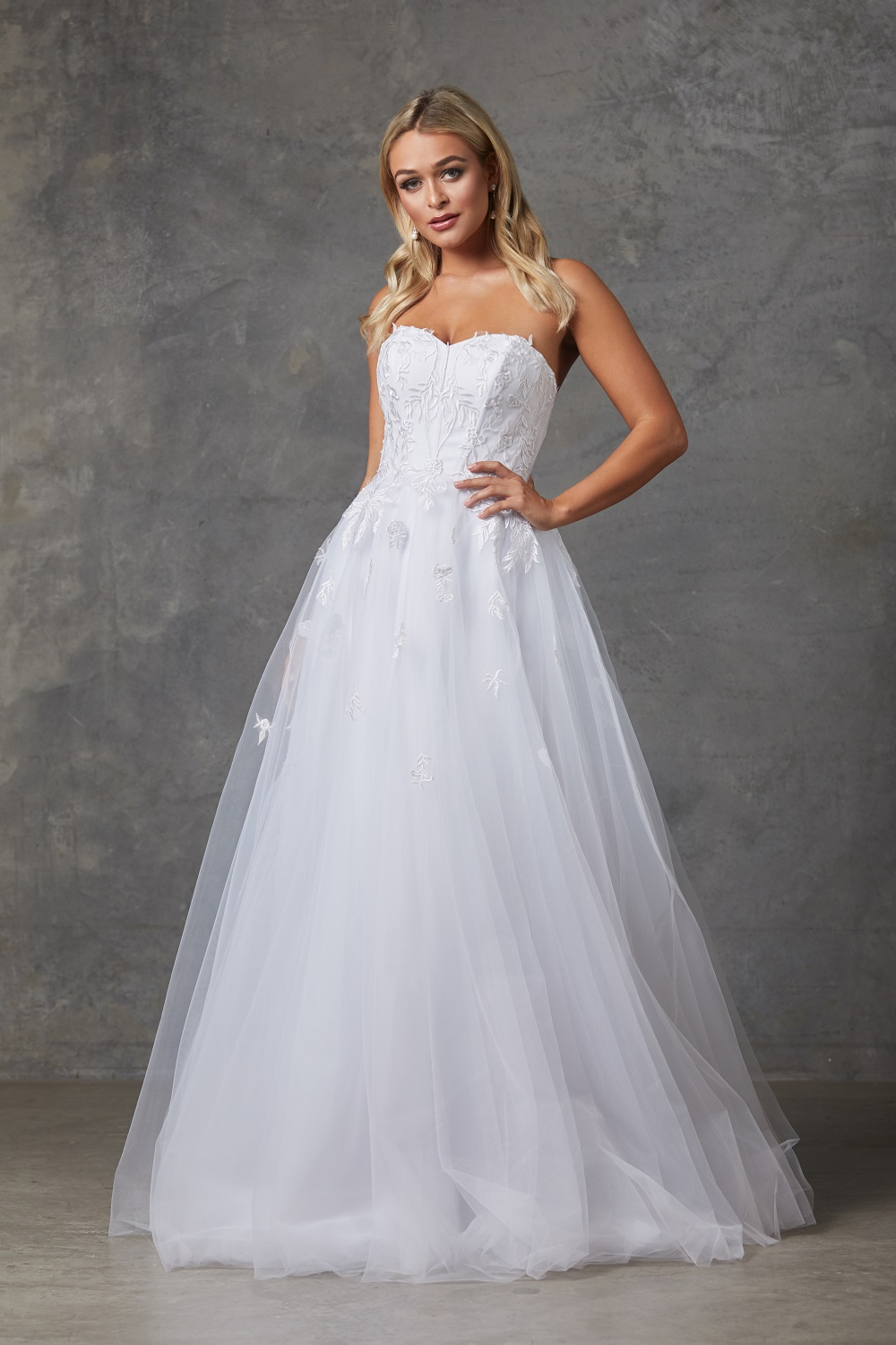 Louisa wedding dress
