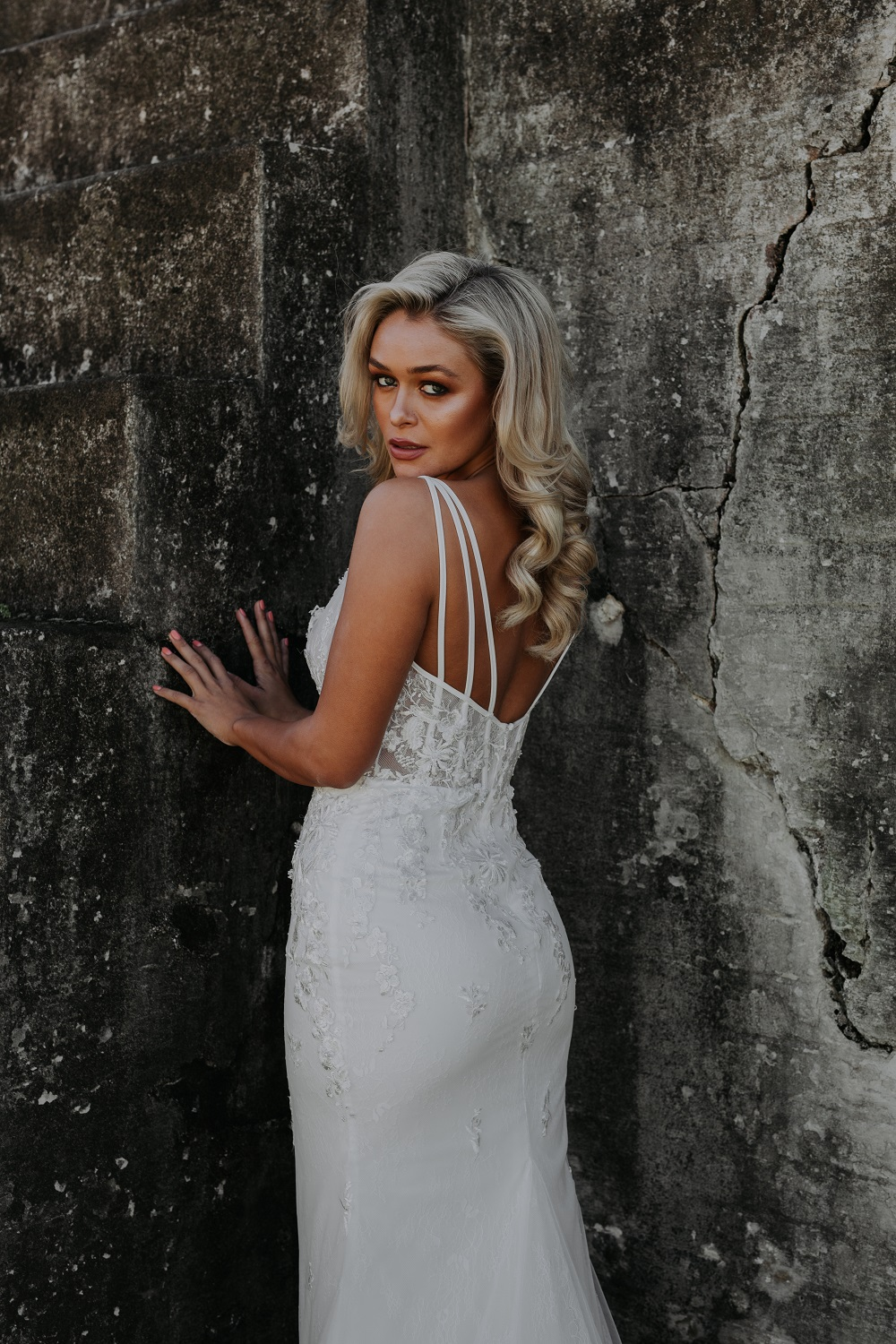 Ornela wedding dress back
