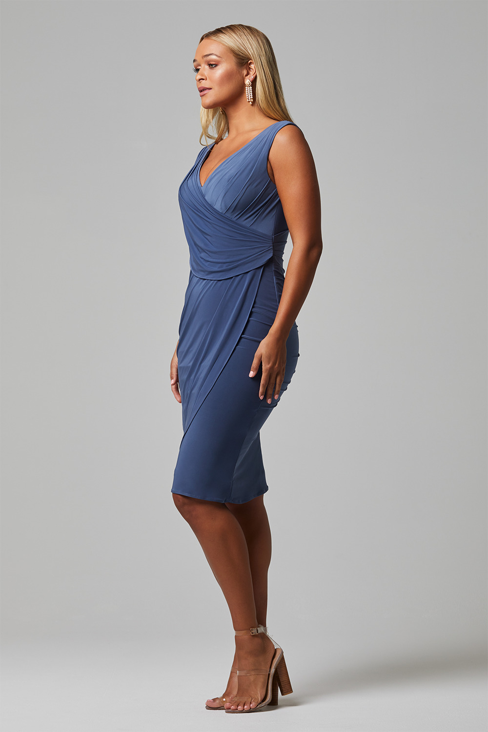 TO826 delta bridesmaid dress side