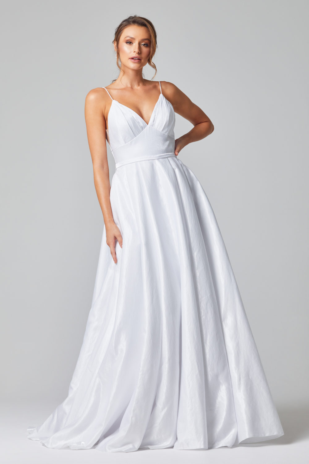 LEIA WEDDING DRESS FRONT - PURE WHITE - PO834