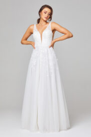 TC289 Zara Lace and Tulle Wedding Dress Front