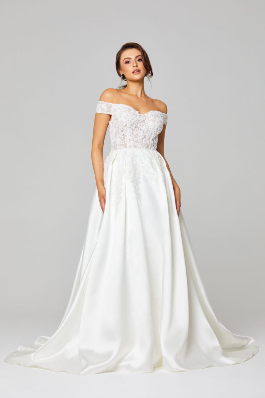 ELIZA OFF SHOULDER WEDDING DRESS - TC307