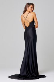 TO836-BAILEY-BLACK-BACK