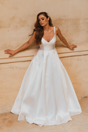 TC339 Roma v neckline satin wedding dress front